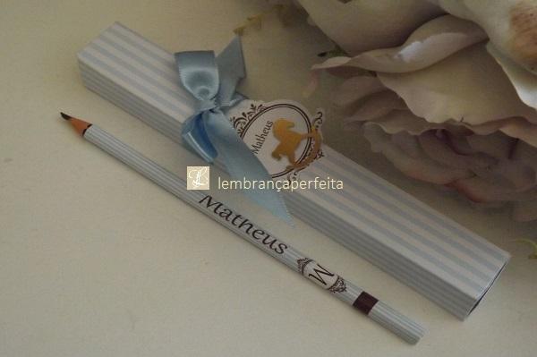 88e713401 lápis personalizado com caixinha